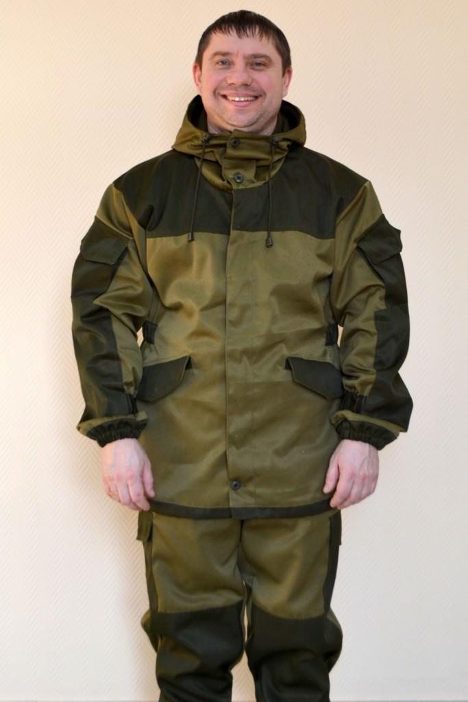 Демисезонный костюм для рыбалки на мужчине