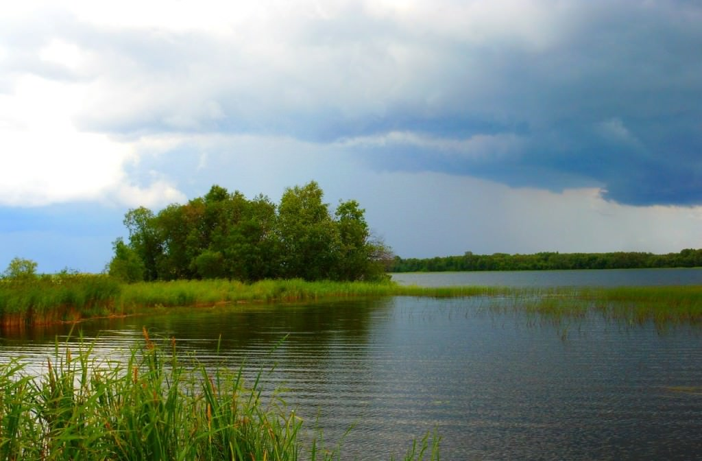 Озеро в Карелии