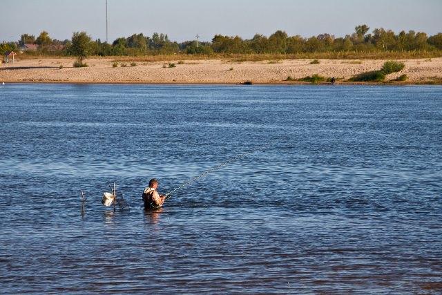 Рыбалка на Припяти - лучшие места для платной ловли на реке в Беларуси