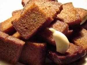 Хлеб и чеснок