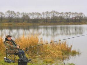 Ловля карася осенью в сентябре, октябре и ноябре фидером и на поплавок