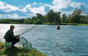 Рыбалка поплавочной маховой удочкой