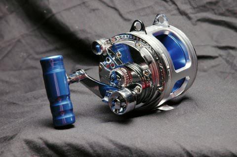 Троллинговая катушка Shimano