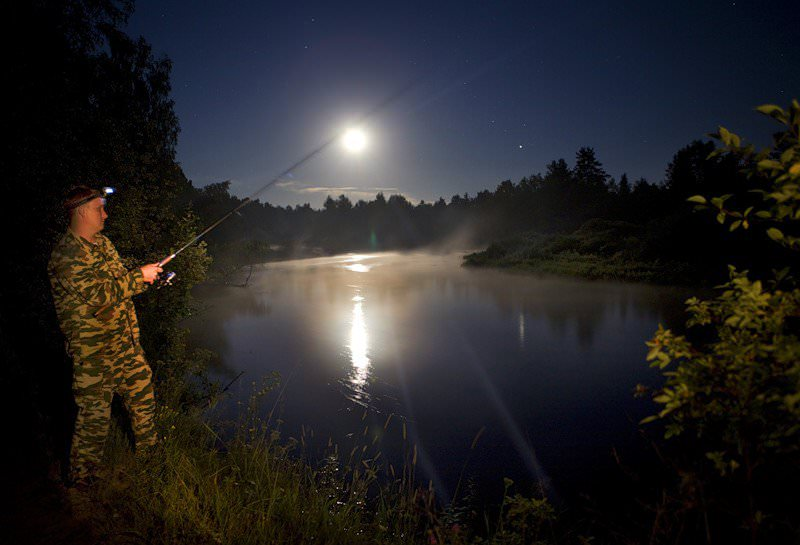 Атмосферное давление для рыбалки - как влияет на клев, нормальное и лучшее давление для ловли